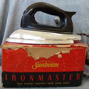 Vintage Sunbeam Ironmaster electric pressing iron
